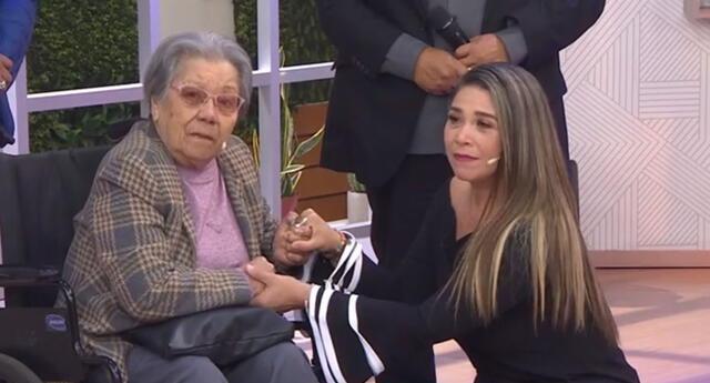 Abuelita Mónica hizo llorar a todos en Mujeres al Mando.