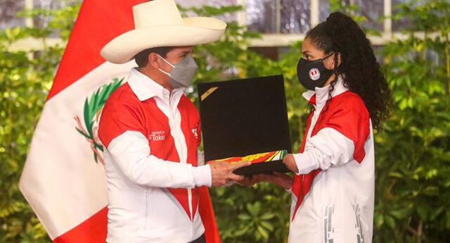 Angélica Espinoza ganó la primera medalla de oro para Perú en los Juegos Paralímpicos Tokio 2020. Foto: Twitter