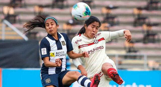 Alianza Lima terminó el primer tiempo ganando la final ante Universitario de Deportes.