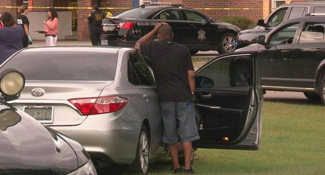 Al parecer uno de sus padres los dejó accidentalmente en el automóvil, pero aún no ha sido confirmado.