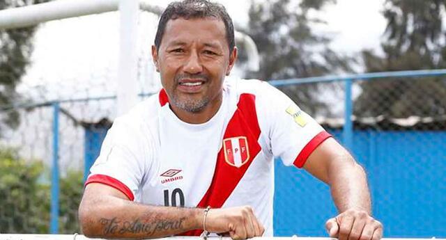 Roberto Palacios no da marcha atrás sobre su crítica a la selección peruana.
