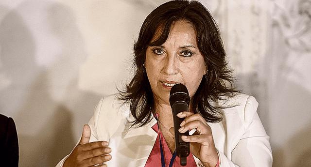 Dina Boluarte cuestionó la veracidad de algunos medios de comunicación