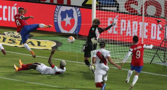 Arturo Vidal fue el 'verdugo' de Perú en Santiago pero por amarillas será el gran ausente en Lima.