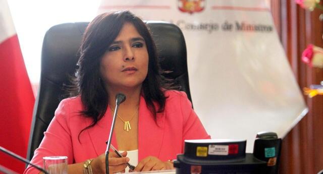 La exministra de la Mujer, Ana Jara, fue protagonista de un polémico mensaje en Twitter.