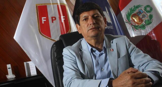Agustín Lozano va por la reelección a la FPF para el periodo 2021-2025.