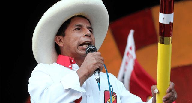 Pedro Castillo anuncia el ingreso de bancos extranjeros al Perú