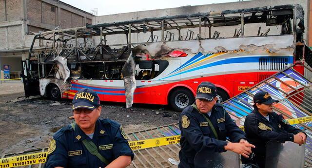 Fueron 17 las víctimas mortales que dejó el incendio en el bus de la empresa Sajy, el pasado 31 de marzo de 2019.
