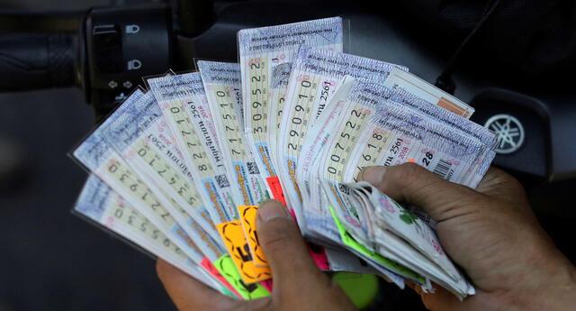 Hombre fue encontrado muerto y entre sus pertenencias estaba un billete de lotería ganador.