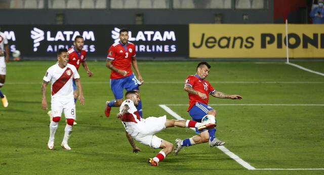 Prensa Chilena arremete contra su selección