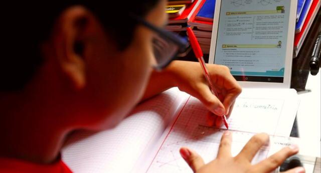 El trámite es virtual del certificado de estudios escolares para evitar aglomeraciones.