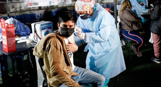 Jóvenes de 18 años a más se podrán vacunar desde este lunes 11 de septiembre.