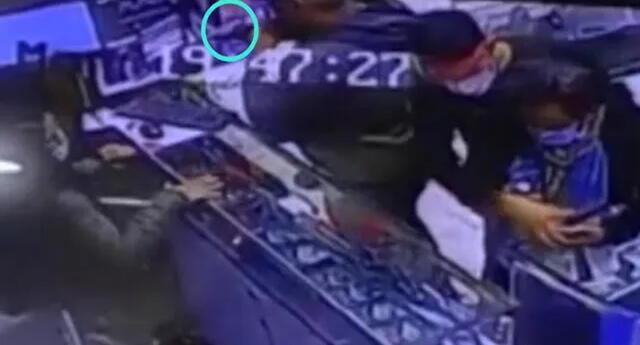 Dictan prisión para delincuentes que asaltaron tienda de celulares en Independencia