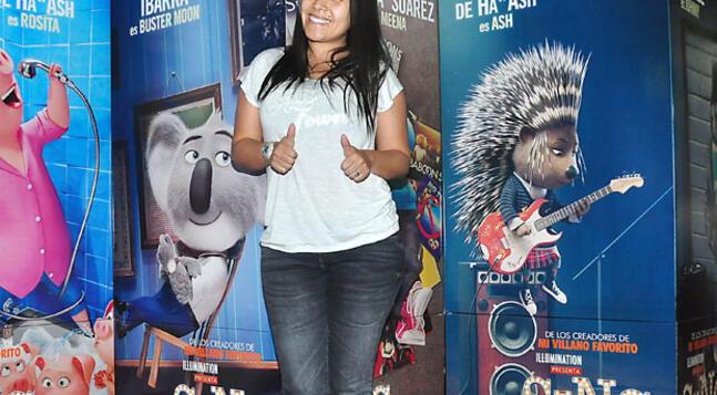 Tula Rodríguez asistió al avant premiere Sing: Ven y Canta